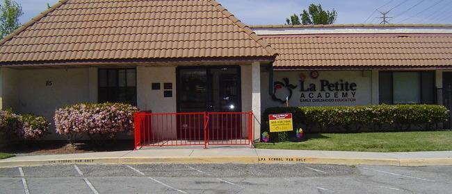 Child care center in simi valley ca 85 bonita drive la petite visit our daycare in simi valley ca solutioingenieria Image collections